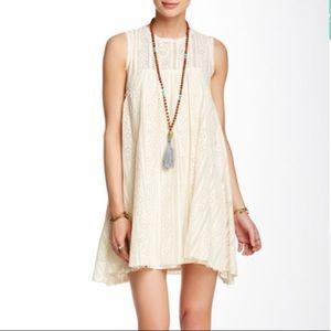 Free People • Tu-Es-La Mini Dress Cream Lace